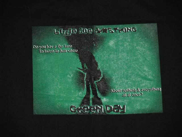 Green Day punk metal band t-shirt close-up